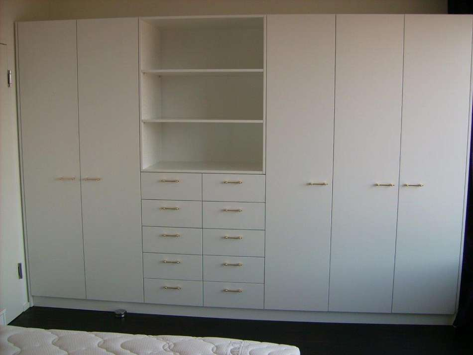 schrank weiss 5 t rig m schubladen u ablagefach naturwollprodukte ming. Black Bedroom Furniture Sets. Home Design Ideas