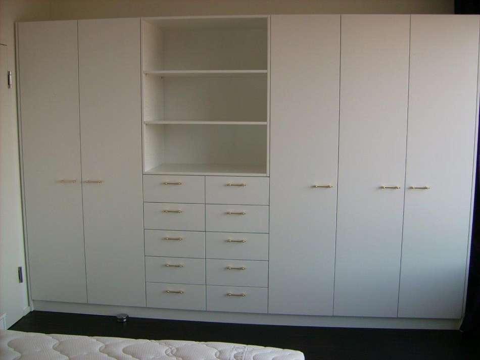 schrank weiss 5 t rig m schubladen u ablagefach naturwollprodukte ming. Black Bedroom Furniture Sets. Home Design Ideas