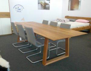 Tisch Birnenbaum