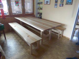 Tisch mit Bank Esche